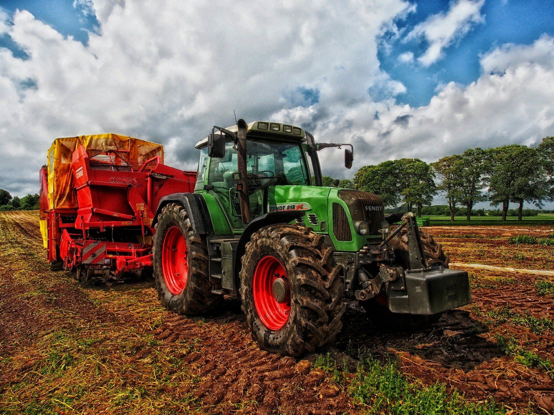 tractor-385681_1920
